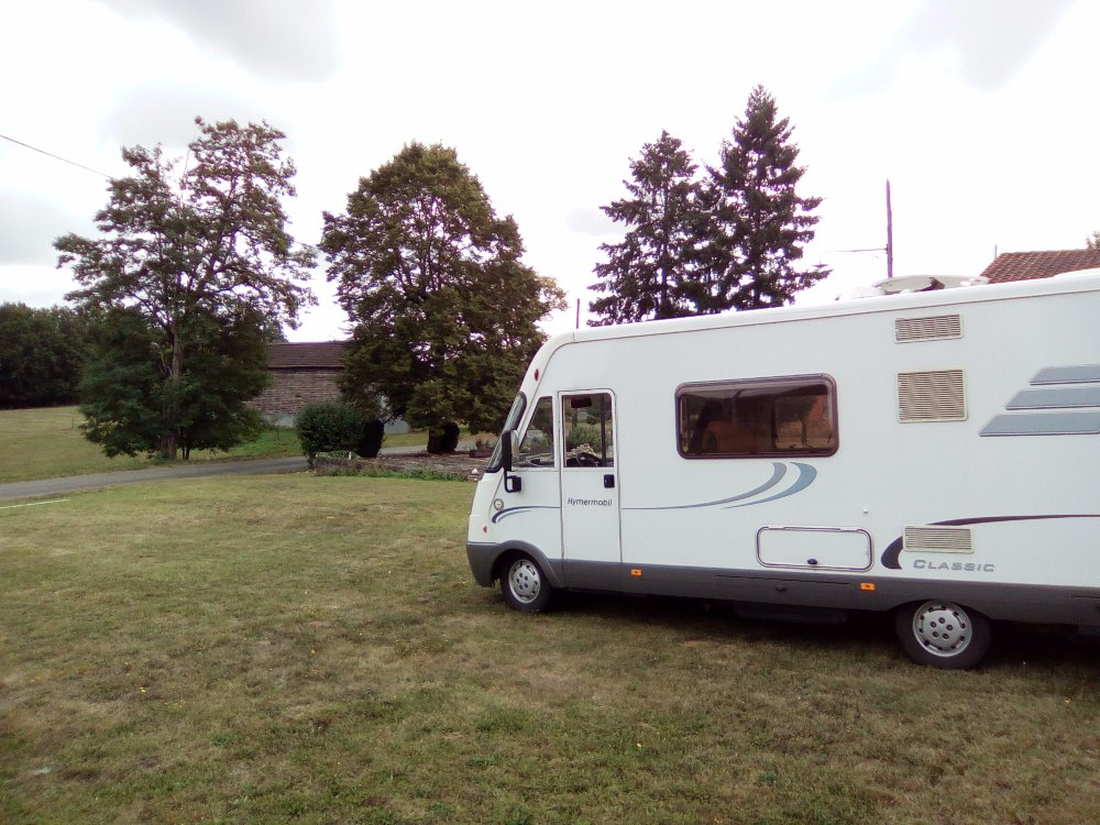 Aire camping-car à Saint-Avit-Sénieur (24440) - Photo 9